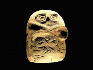 Glozel runes